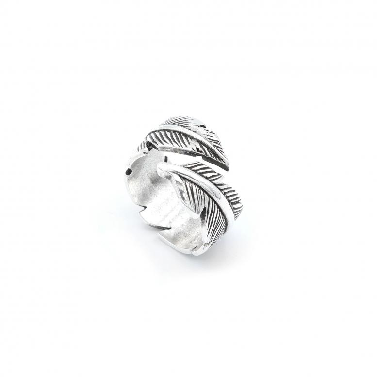Кольцо Белое перо 18 р