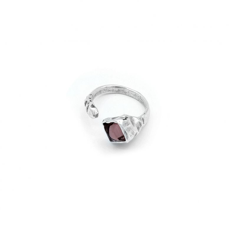 Кольцо Вега цвет аметист 18 р