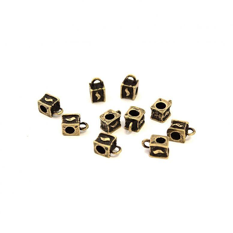 Бейл Кубик 8*8 мм, 10 шт (бронза)